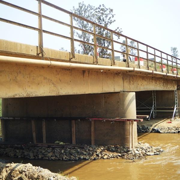 Pile du milieu du pont de Bujumbura